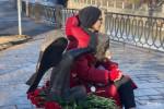 Фоторепортаж: «Как Беглов памятник открывал»