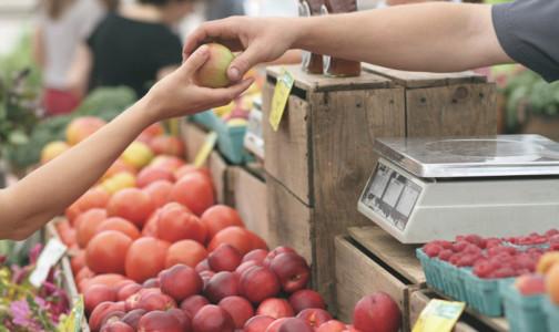 От каких продуктов следует отказаться аллергикам, чтобы легче пережить обострение поллиноза