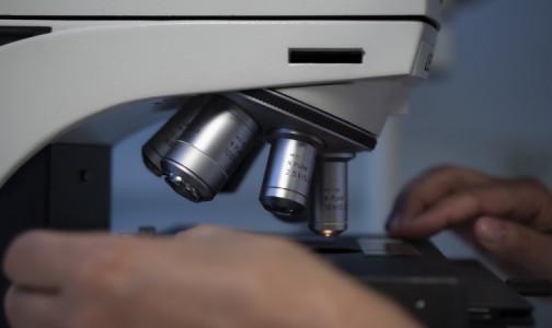 """Минздрав разрешил пациентам с диагнозом """"рак"""" участвовать в исследованиях """"ЭпиВакКороны"""" и """"КовиВака"""""""