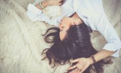 Регулярный недосып может привести к инфаркту и сахарному диабету, заявил врач-сомнолог