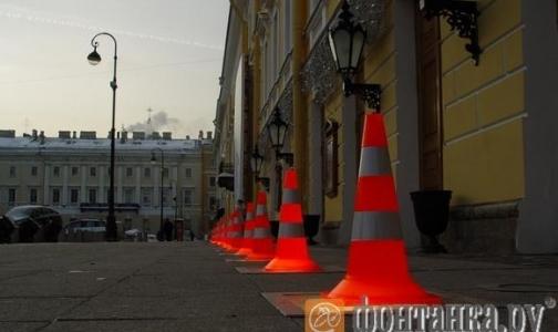 Новая опасность для петербуржцев — светильники на мостовой