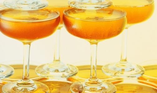 Алкоголь провоцирует развитие рака