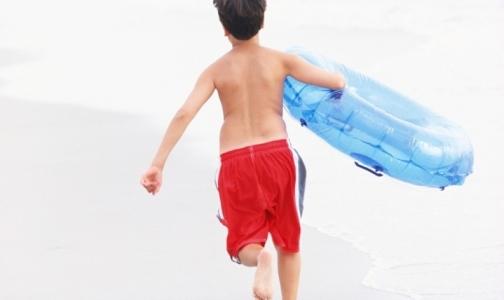 Роспотребнадзор проверил городские пляжи – купаться можно всего на трех