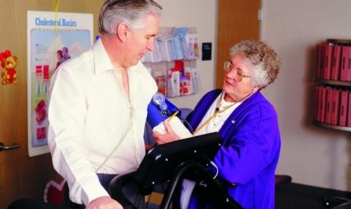 Частных врачей лишили права выдавать больничные