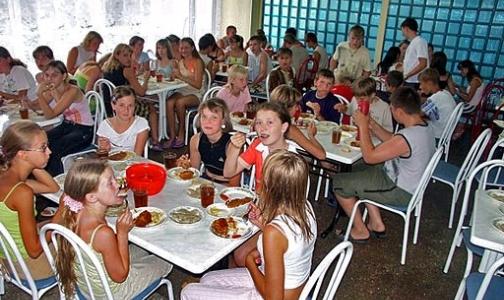 В столовых детских лагерей обнаружена кишечная палочка