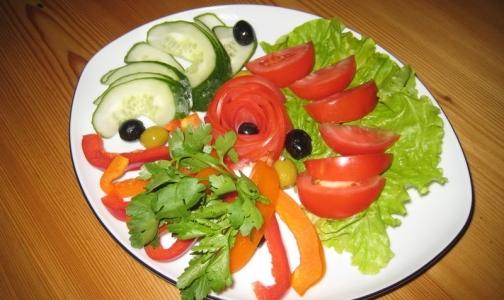 400 граммов томатов защитят от слепоты