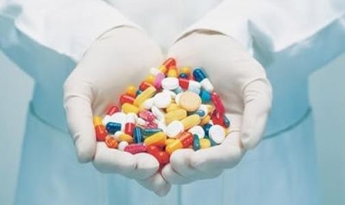 Минздравсоцразвития подготовило список важнейших лекарств на 2012 год