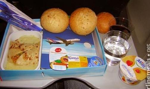 Почему в самолете еда не бывает вкусной