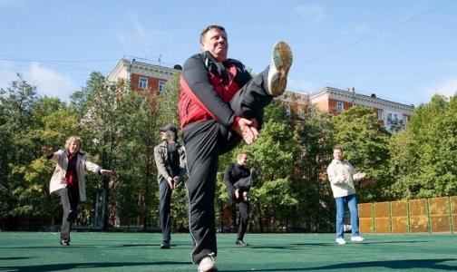 Коллективные занятия утренней гимнастикой входят в моду