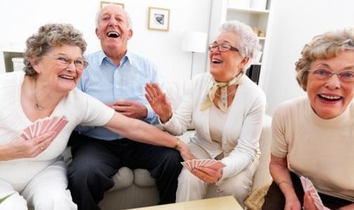 Мозг в старости работает эффективнее