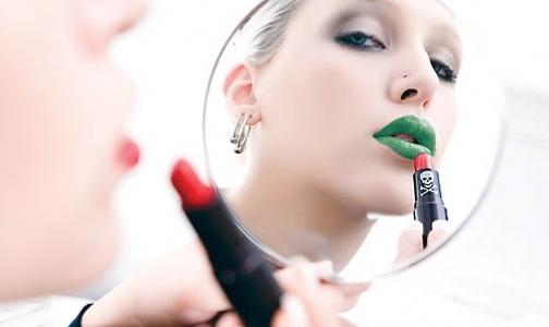 Названы самые опасные ингредиенты в составе косметики