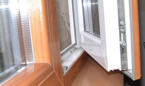 Как чувствует себя 3-летний мальчик выпавший из окна во Фрунзенском районе