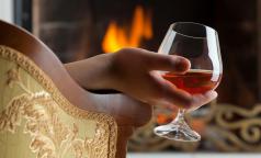 Чем женский алкоголизм отличается от мужского