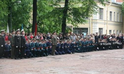 В Петербурге соберут подписи против переноса ВМА им. Кирова за город