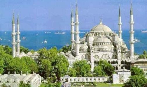В Турции будут строго проверять продукты в отелях