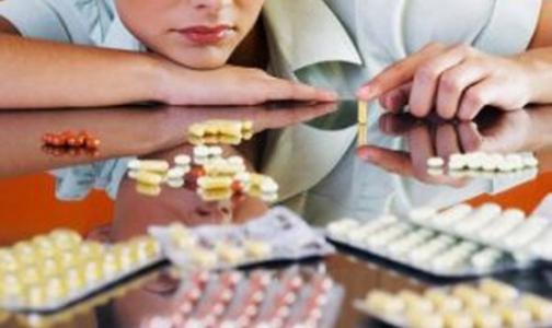 В Госдуму внесли поправки о запрете рекламы лекарств и абортов