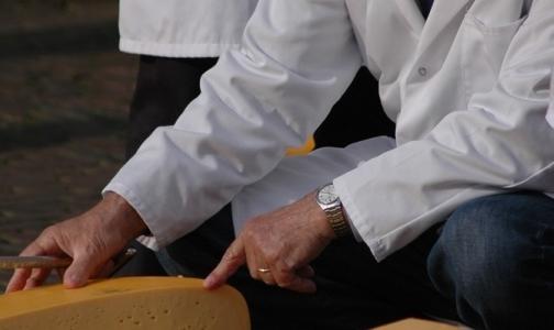 Онищенко разрешил поставки еще одному украинскому сыроделу
