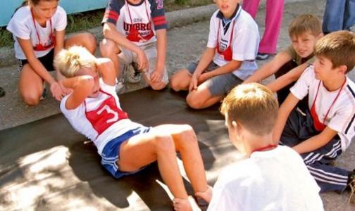 Петербургским детям поможет поправить здоровье в школах регби и фитнес