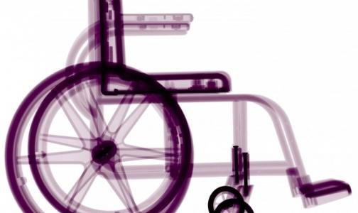 Соцстрах сможет обеспечить креслами-колясками и памперсами всех нуждающихся петербуржцев