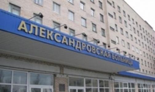 Лифты в Александровской больнице не ремонтировали с 1985 года