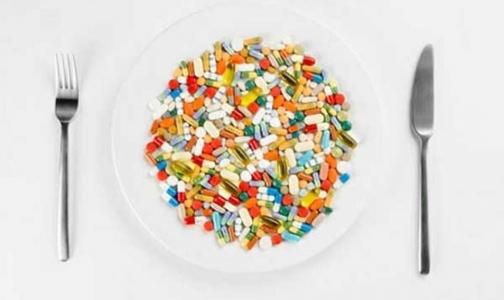 Минздрав не собирается продавать лекарства в магазинах