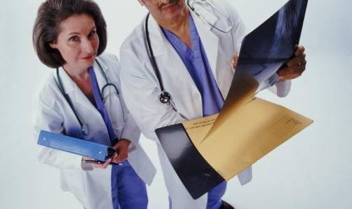 Петербургские врачи получили государственные награды из рук губернатора