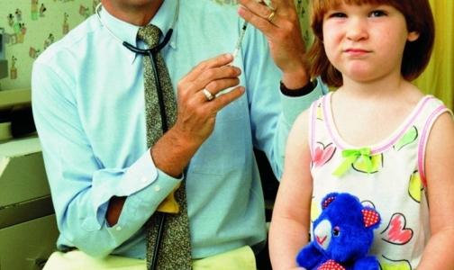 Вакцинация детей в Петербурге идет с нарушениями