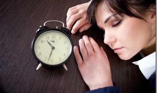 Больше половины россиян регулярно не высыпаются по ночам
