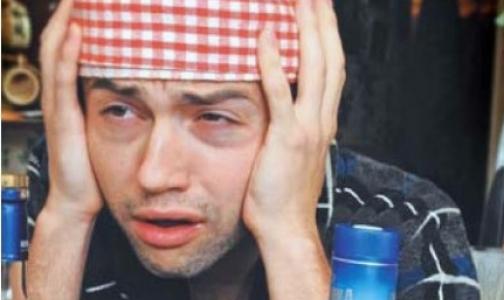Петербургский врач предупреждает: похмеляться рассолом с парацетамолом опасно