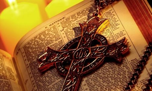 Посещение церкви нормализует давление