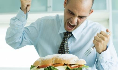 Минздрав ограничит рекламу чипсов и газировки