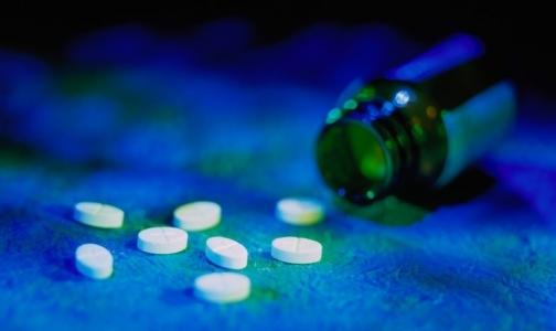 Минпромторг ограничит закупку импортных лекарств