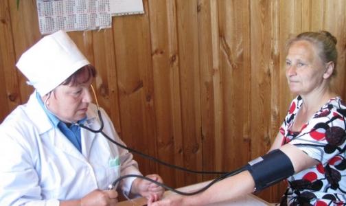 Госдума разрешила сельским медикам дежурить на дому