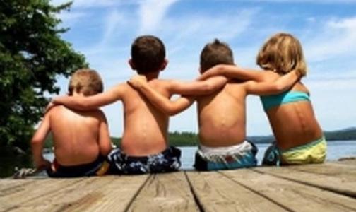 Прокуратура не нашла в петербургских детских лагерях питьевой воды и мыла