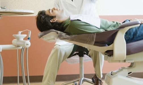 Стоматологическую поликлинику в Петербурге оштрафовали на 100 тысяч рублей за нестерильные инструменты