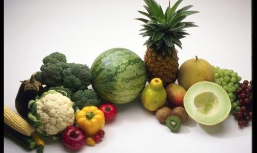С начала года в России нашли тонны опасных овощей и фруктов