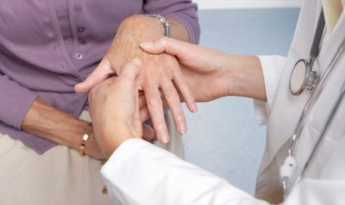 Главный ревматолог Минздрава: У фонда ОМС денег на лечение ревматоидного артрита может не хватить