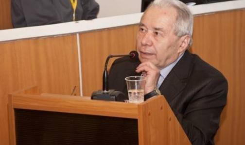 Сегодня в Петербурге умер основатель российской школы психотерапии Борис Карвасарский
