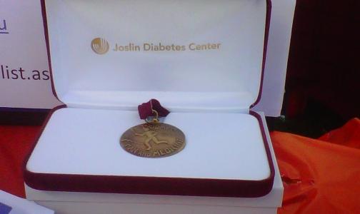 Петербуржцев, проживших с диабетом 50 лет, номинируют на медаль Джослина