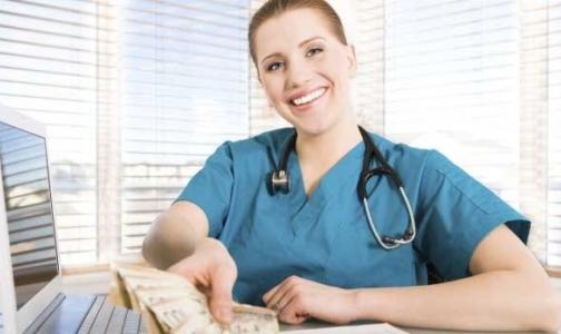 В правительстве РФ вновь подумают о социальном пакете для врачей