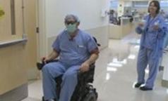 Паралич не помешал американскому хирургу продолжить оперировать