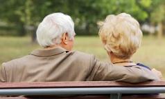 Минздрав: В России чаще, чем в других странах, умирают люди с диагнозами «старость» и «симптомы»