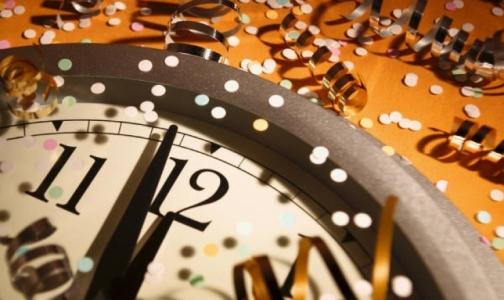 Роспотребнадзор просит петербуржцев не переедать и не выпивать на Новый год