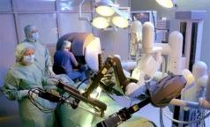«Руки» робота «да Винчи» отзывают из американских клиник, но в Петербурге об этом еще не знают
