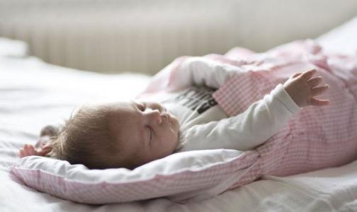 Петербург обошел 53 региона России по росту рождаемости