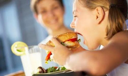 ВОЗ сообщила, сколько в России детей на грани ожирения