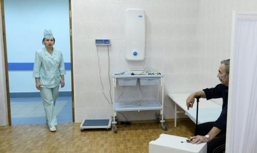 Недоступность медпомощи беспокоит россиян больше, чем платное образование