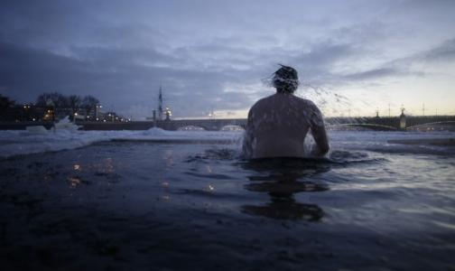 Несмотря на теплую зиму, петербуржцы остались без пальцев, рук и ног из-за алкоголя