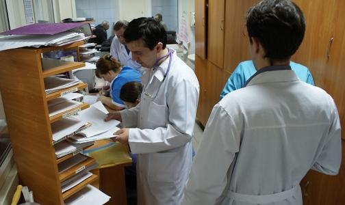 Сотрудники НИИ скорой помощи им. Джанелидзе ждут, когда им начислят честную зарплату