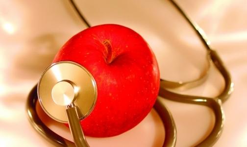Врачи предлагают отказаться от платных услуг в медицине